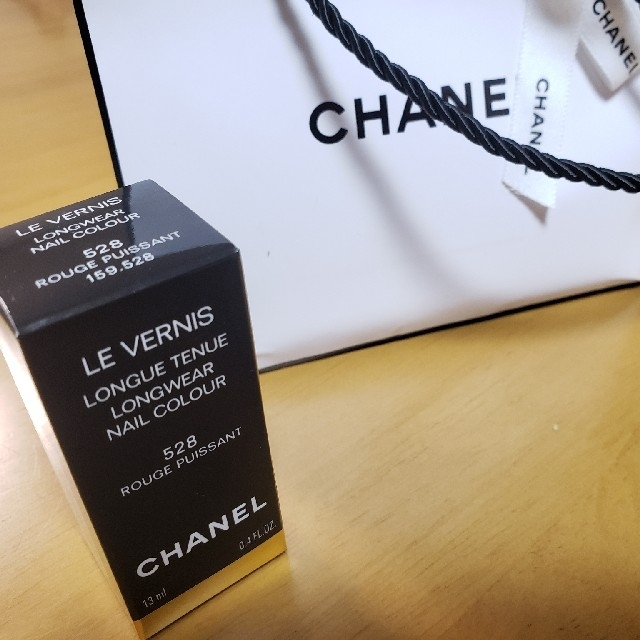CHANEL(シャネル)のCHANEL ネイル ヴェルニロングトゥニュ コスメ/美容のネイル(マニキュア)の商品写真