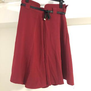 スウィングル(Swingle)の赤 ボルドー スカート  フレア(ひざ丈スカート)