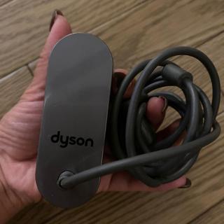 ダイソン(Dyson)のダイソン 充電器(バッテリー/充電器)