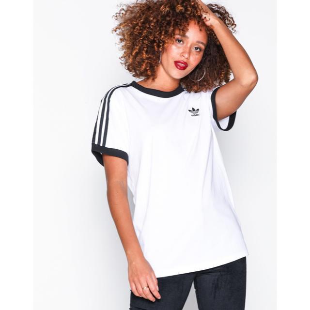 adidas(アディダス)のAdidas アディダス オリジナルス 男女兼用 Tシャツ  Lサイズ レディースのトップス(Tシャツ(半袖/袖なし))の商品写真