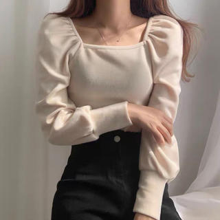 韓国 ベージュ パフスリーブ スクエア 韓国ファッション ブラック ニット