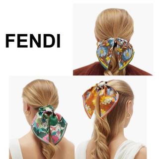 フェンディ(FENDI)の新作FENDIフローラルシルクツイルシュシュ(ヘアゴム/シュシュ)