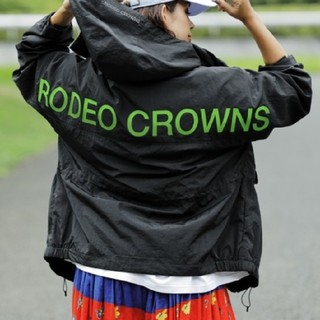 ロデオクラウンズワイドボウル(RODEO CROWNS WIDE BOWL)の新品ブラック(男女兼用)早い者勝ちノーコメント即決しましょう❗️コメントやめよう(ナイロンジャケット)