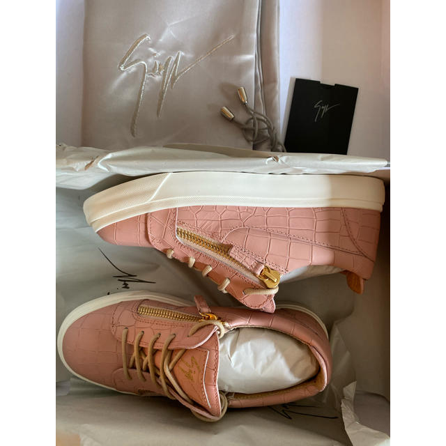 GIUZEPPE ZANOTTI(ジュゼッペザノッティ)のジュゼッペ ザノッティ ジップ エンボスクロコダイル レザースニーカー レディースの靴/シューズ(スニーカー)の商品写真
