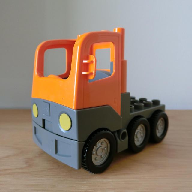 Lego(レゴ)のレゴ LEGO デュプロ  ダンプトラック ダンプカー 工事 車 はたらく車 キッズ/ベビー/マタニティのおもちゃ(積み木/ブロック)の商品写真