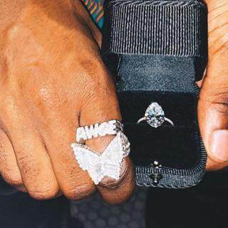 アンダーカバー(UNDERCOVER)のAWGE BAGUETTE BUTTERFLY RING(リング(指輪))