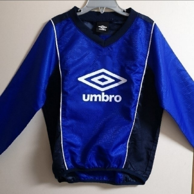 UMBRO(アンブロ)のmegumiさま専用 スポーツ/アウトドアのサッカー/フットサル(ウェア)の商品写真