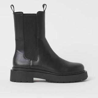エイチアンドエム(H&M)のh&m ハイプロファイルチェルシーブーツ(ブーツ)