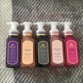 Bath & Body Works - FOAMING HAND SOAP バスアンドボディワークス