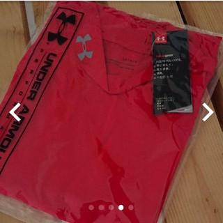 アンダーアーマー(UNDER ARMOUR)の【新品】アンダーアーマー ロングスリーブ 赤インナー(Tシャツ/カットソー(七分/長袖))