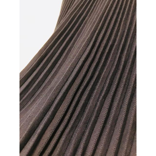 Drawer(ドゥロワー)の定価8.2万円 Drawer 18AW フリンジプリーツニットスカート レディースのスカート(ロングスカート)の商品写真
