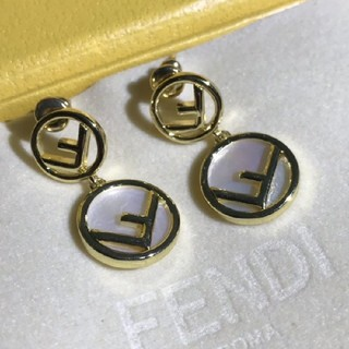 FENDI - 人気商品!Fendi フェンディ ピアス レディース