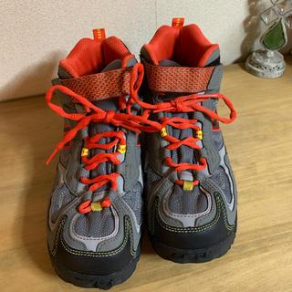 ニューバランス(New Balance)のニューバランス トレッキング シューズ 23.5cm(登山用品)