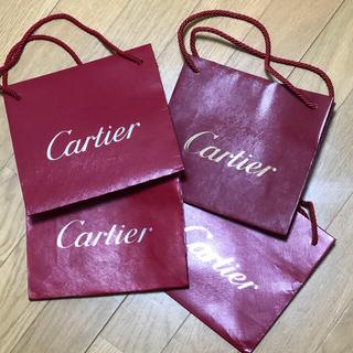 新品 カルティエの紙袋4枚セットの価格です。