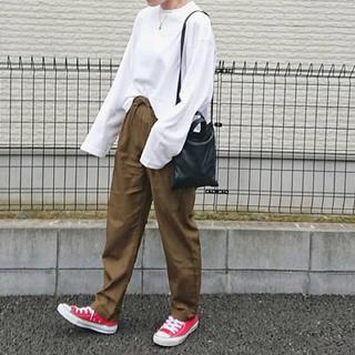 ジーユー(GU)の🌷 ロングスリーブT 新品 タグ付き 白(Tシャツ(長袖/七分))