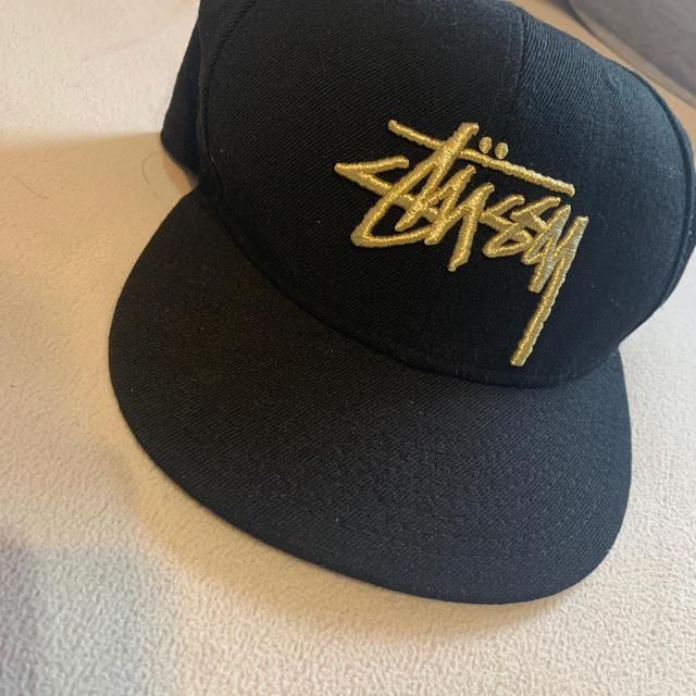 STUSSY(ステューシー)のステューシーキャップ メンズの帽子(キャップ)の商品写真