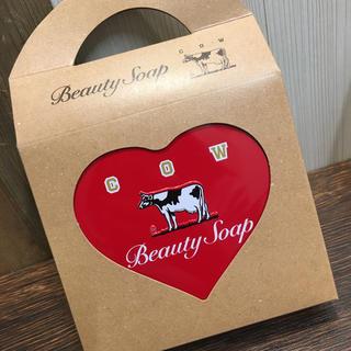 カウブランド(COW)の赤箱 ハート缶(ボディソープ/石鹸)