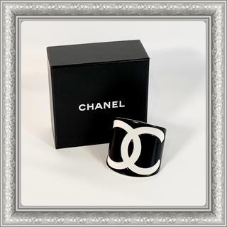 シャネル(CHANEL)のCHANEL シャネル バングル ブレスレット ココマーク プラスチック 黒(ブレスレット/バングル)