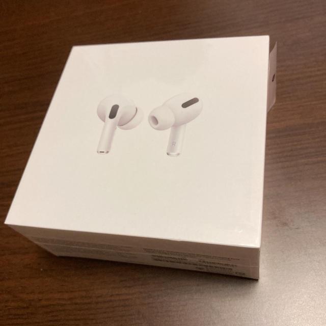 Apple(アップル)のAirPods Pro mwp22j/a 本体 保証未開始品 国内正規品 スマホ/家電/カメラのオーディオ機器(ヘッドフォン/イヤフォン)の商品写真