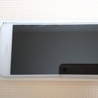 アクオス(AQUOS)のAQUOS L2 White SIMフリー(スマートフォン本体)
