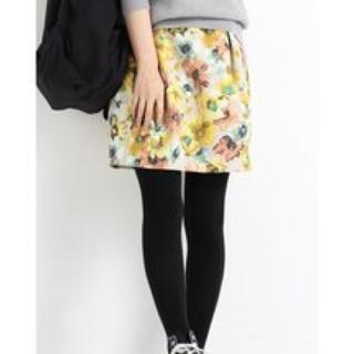 イエナスローブ(IENA SLOBE)の未使用タグ付き スローブイエナ  ブッチャーフラワープリントスカート(ミニスカート)