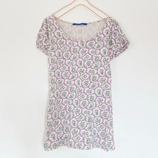ジエンポリアム(THE EMPORIUM)の花柄Tシャツ(Tシャツ(半袖/袖なし))