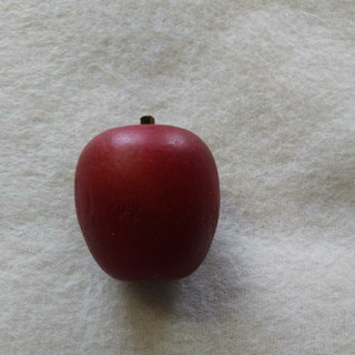 小さいリンゴの写真立て