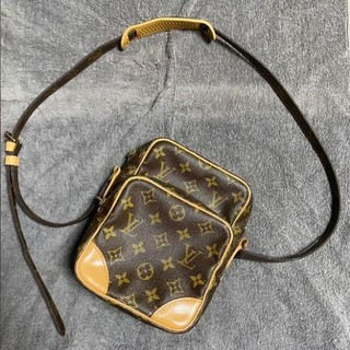 LOUIS VUITTON - LOUIS VUITTON  ルイヴィトン  LVショルダーバッグ