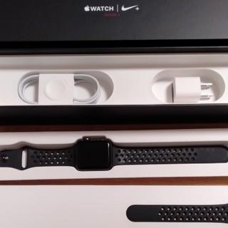 Apple Watch - apple watch 3 42mm GPS + cellular  NIKE
