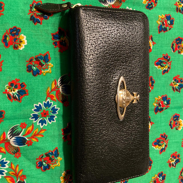Vivienne Westwood(ヴィヴィアンウエストウッド)のヴィヴィアンウエストウッド 長財布 最終値下げ レディースのファッション小物(財布)の商品写真