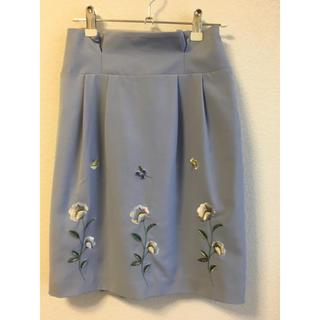 ノエラ(Noela)の刺繍スカート(ひざ丈スカート)