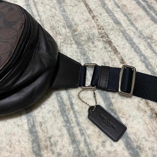 COACH(コーチ)のCOACH ボディバッグ ブラウン 正規品 レディースのバッグ(ショルダーバッグ)の商品写真
