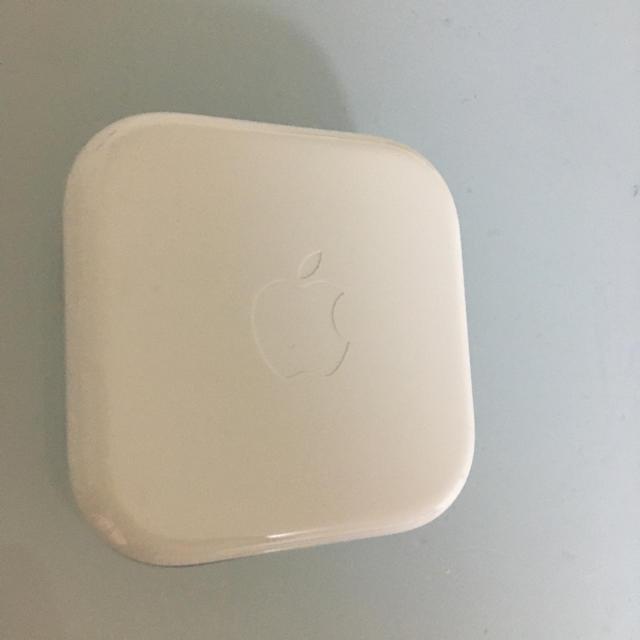 Apple(アップル)のiPhone イヤホン 純正 スマホ/家電/カメラのオーディオ機器(ヘッドフォン/イヤフォン)の商品写真