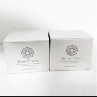 PERFECT ONE - パーフェクトワン薬用ホワイトニングジェル75g