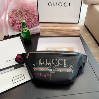 Gucci - 【グッチ】【人気】ウエストポ-チ