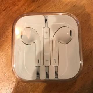 アップル(Apple)のiPhone  イヤホン 純正 未開封(ヘッドフォン/イヤフォン)