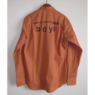コムデギャルソン(COMME des GARCONS)のコムデギャルソン boy バックプリント シャツ coral sizeM(シャツ)