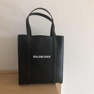 バレンシアガ(Balenciaga)のバレンシアガエブリデイトートバッグXXS ファーフェッチオンラインにて購入(トートバッグ)