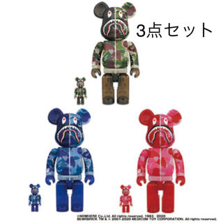 アベイシングエイプ(A BATHING APE)のBE@RBRICK CLEAR ABC CAMO SHARK 100%400%(その他)