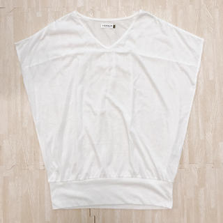 レプシィム(LEPSIM)のLEPSIM ホワイトトップス(カットソー(半袖/袖なし))