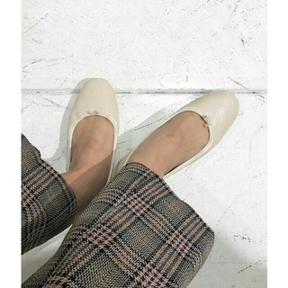トゥデイフル(TODAYFUL)の【新品未使用】TODAYFUL フラットシューズ37 バレーシューズ パンプス靴(バレエシューズ)
