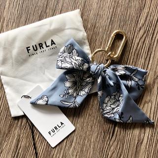 フルラ(Furla)の新品 フルラ スカーフ リボン キーホルダー 花柄 20〜21年秋冬新作♡(キーホルダー)