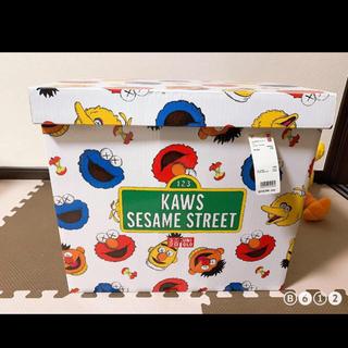 セサミストリート(SESAME STREET)のユニクロ KAWS セサミストリートぬいぐるみコンプリートボックス (ぬいぐるみ)