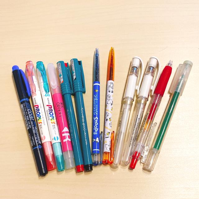 ペン まとめ売り インテリア/住まい/日用品の文房具(ペン/マーカー)の商品写真