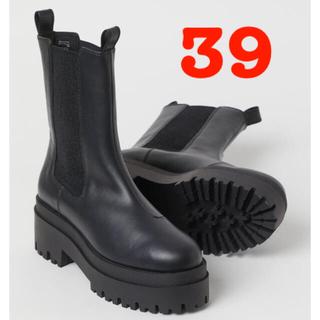エイチアンドエム(H&M)のH&M プラットフォームチェルシーブーツ(ブーツ)