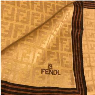 FENDI - 極美 フェンディハンカチスカーフシルク混   ベージュ系 worm colour