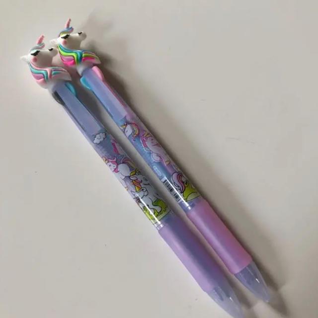 2本セット ユニコーン 3色ボールペン ゆめかわ お洒落 パステルカラー インテリア/住まい/日用品の文房具(ペン/マーカー)の商品写真