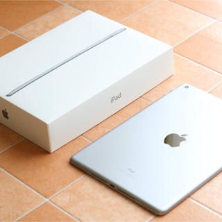 Apple - 【ほぼ未使用】iPad 128GB