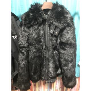 アンブッシュ(AMBUSH)のNIKE AMBUSH フェイク ファー ジャケット Lサイズ 極美品(毛皮/ファーコート)