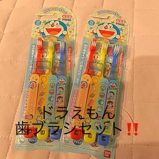 バンダイ(BANDAI)のドラえもんの歯ブラシ3本x2セット(歯ブラシ/歯みがき用品)